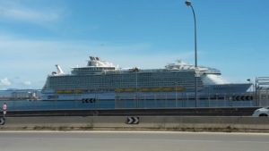 symphony of the seas daten